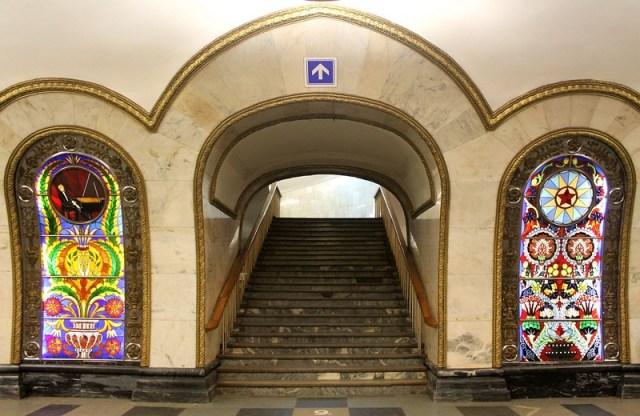 más bonitas estaciones del metro de Moscú