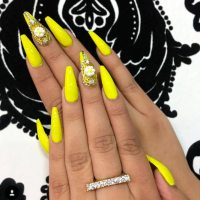 34+ Yellow Nails Designs Youll Love - Nails C
