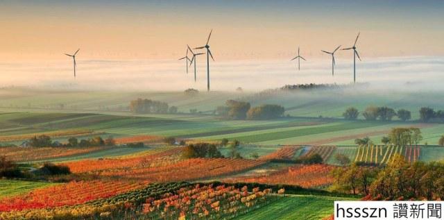 solar-windmills-edelstal-austria-adapt-1190-1-e1488761840271_1189_589