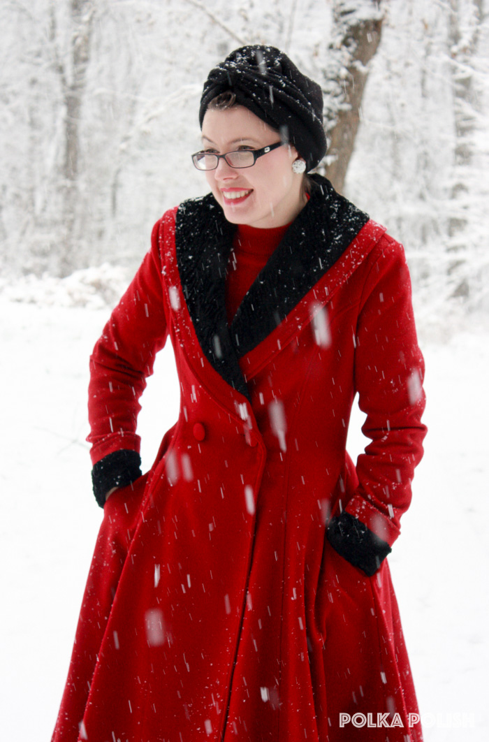 winter-snowstorm-red-black-8
