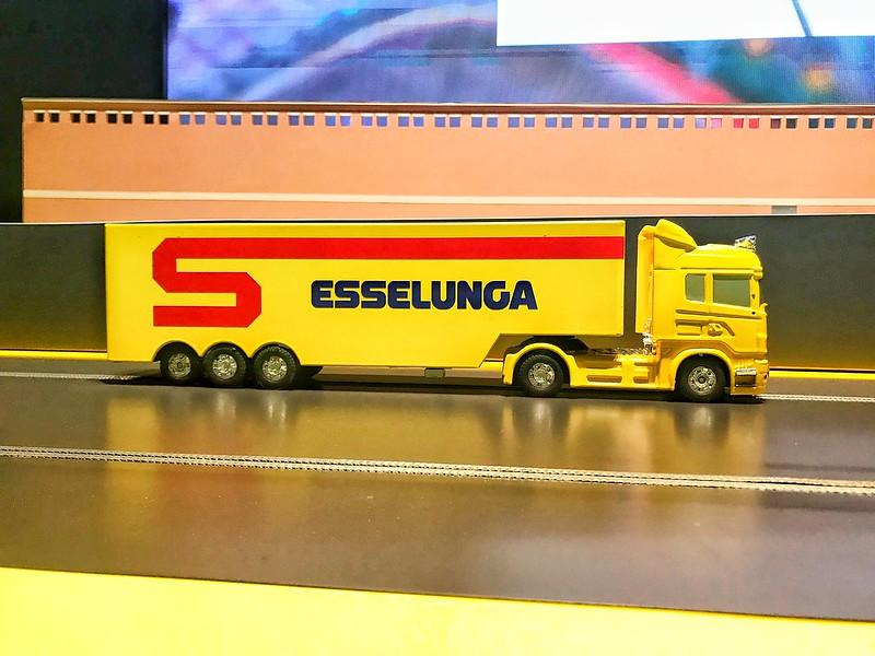 La mostra spettacolo di Esselunga