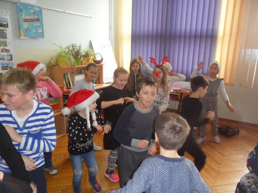 Svečanost u razredu 3 (10)