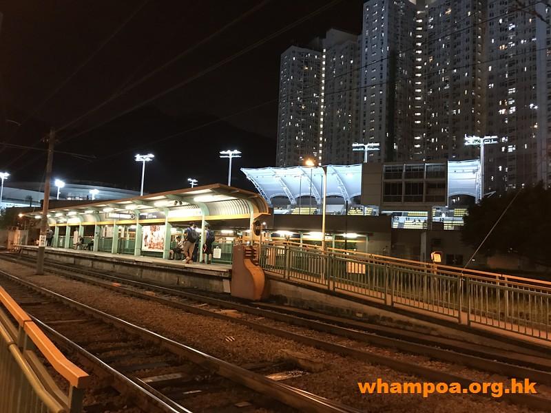 由西鐵兆康站前往屯門西北游泳池