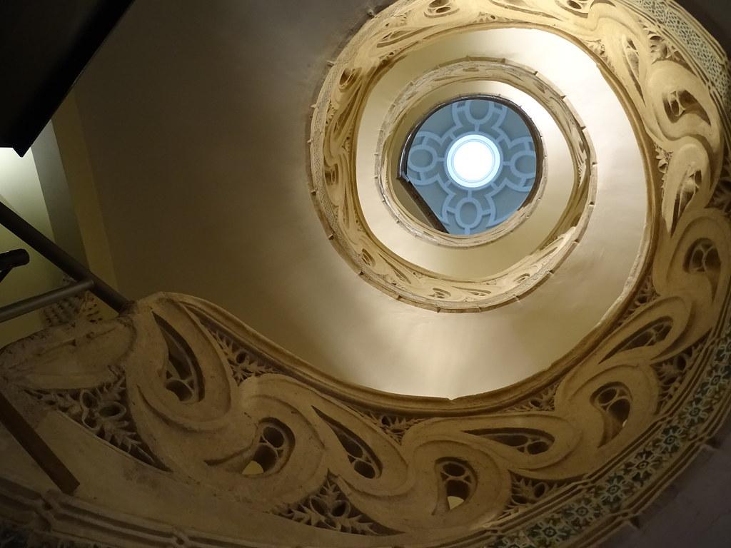 escalera del sobreclaustro helicoidal Catedral de Santa Maria La Real Pamplona 02