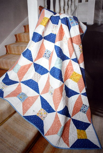 Handmade Spools Quilt (British Patchwork & Quilting Jan18)