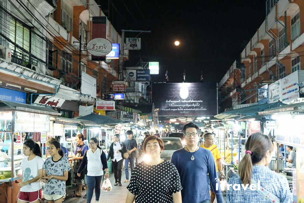 曼谷夜市推荐 查龙四夜市Chok Chai 4 Night Market (16)