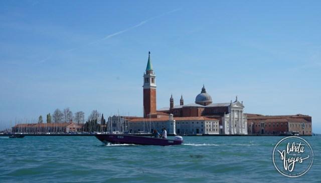 Ir a Venecia. Paseo en taxi