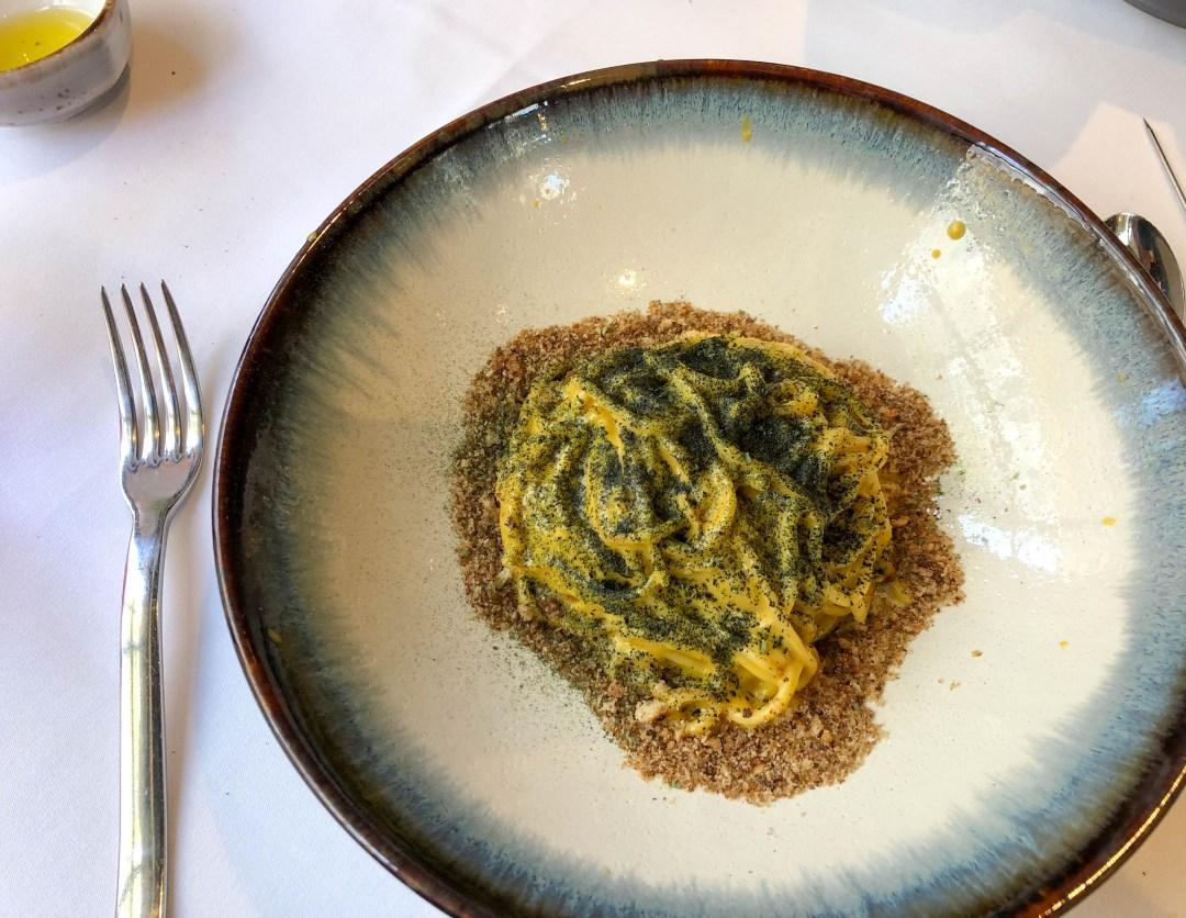 Sea urchin pasta