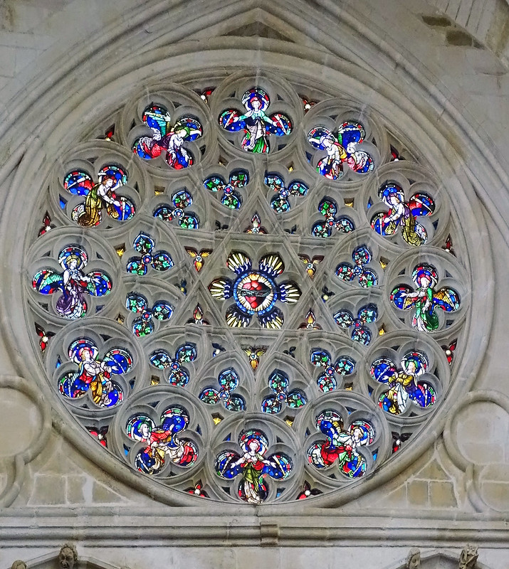 Catedral de Burgos Vidriera roseton de la puerta de Santa Maria 02