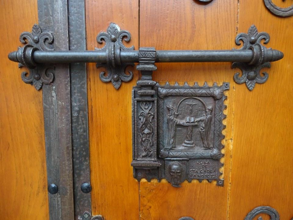 Burgos cerrojo La Jura de Santa Gadea Iglesia de Santa Gadea o Agueda 04