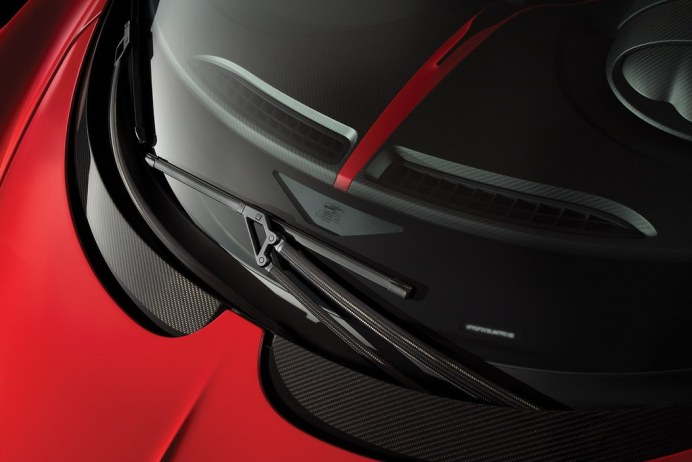 2018-bugatti-chiron-sport-7