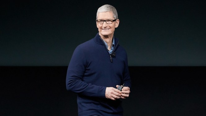 tim_cook_apple_lead_1501627172018