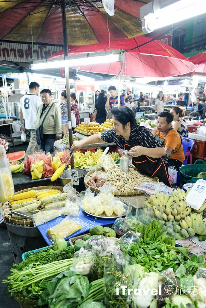 曼谷夜市推荐 查龙四夜市Chok Chai 4 Night Market (15)