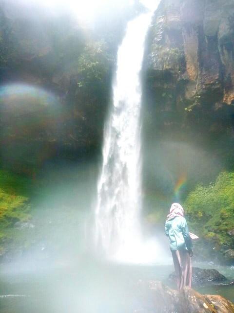 Air Terjun Putri Malu
