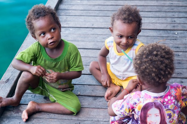 Papuan children