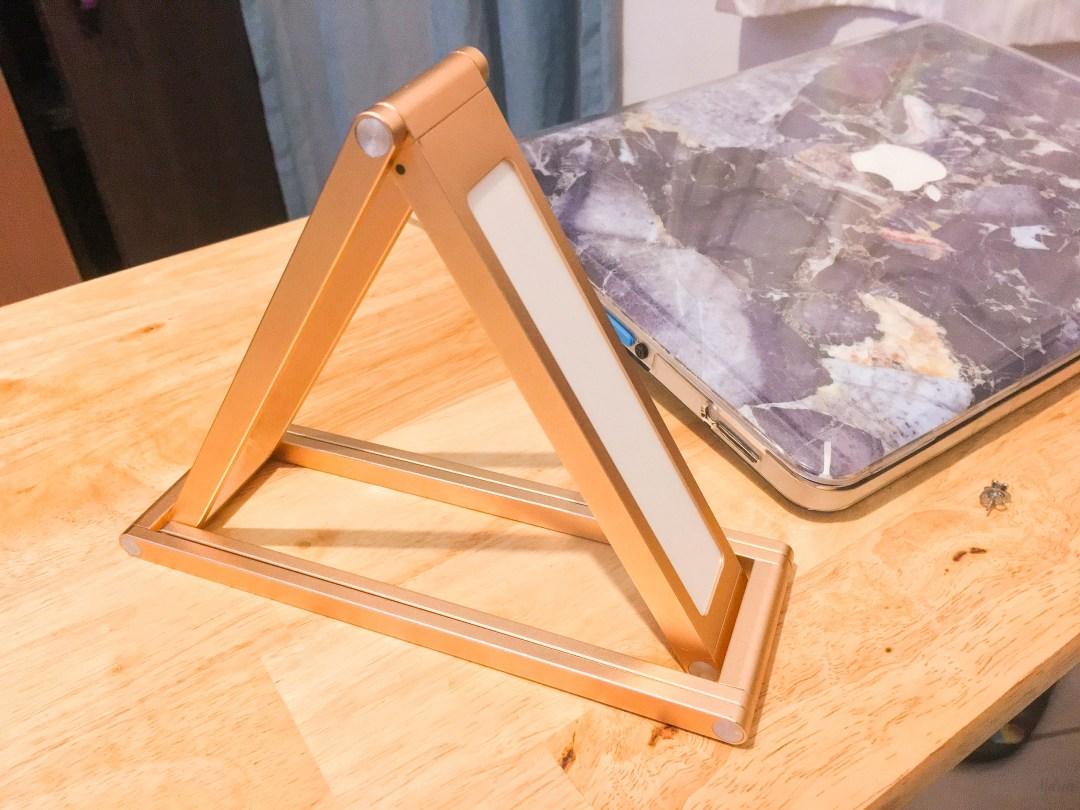 Geometric LED Desk Lamp from Paper Blush | The Ber Haul