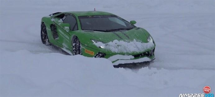 aventador-snow