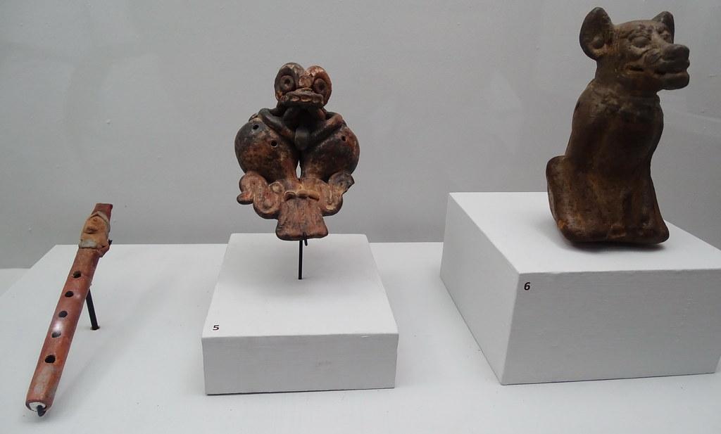 arte maya Flauta y Ocarina zoomorfo La Lagunita Clasico Museo Nacional Arqueologia Etnologia Ciudad de Guatemala