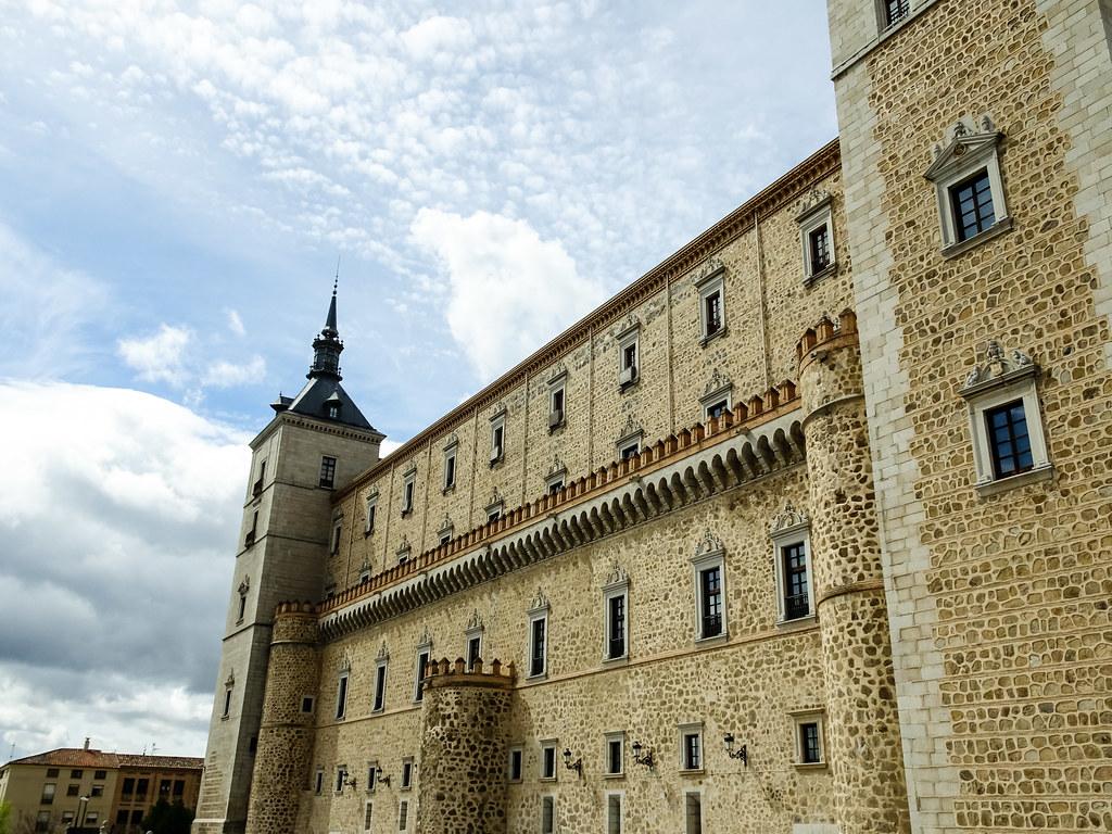 Fachada este exterior Alcazar de Toledo 02