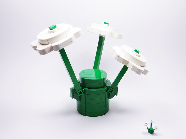 LEGO White Flower Plants with Green Stems 1x1