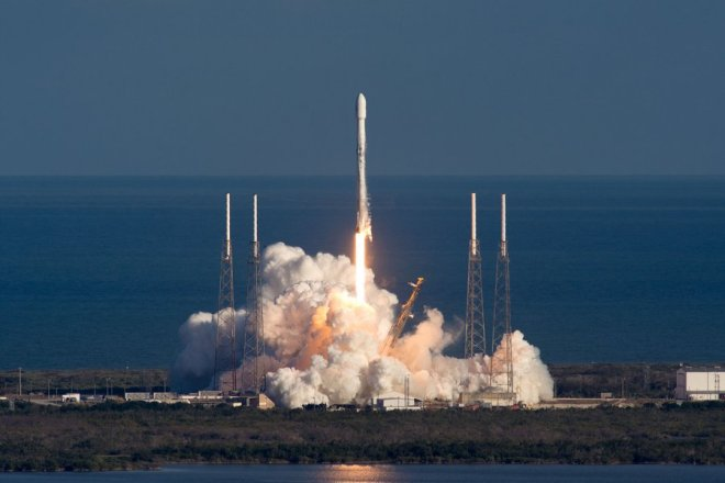 SpaceX_starman