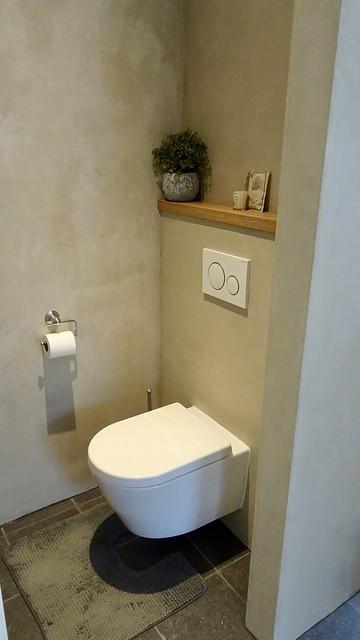 Beton ciré toilet landelijk