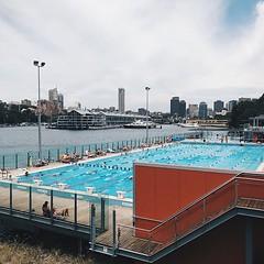 #cloudy #midday #city #pool @sydney @visitnsw @australia #ilovesydney #sydney #summer #newsouthwales #wanderlust #travel #australia #seeaustralia #sydneyfolk #australiagram #sydneytravel #travel #guardiantravelsnaps #guardiancities #lonelyplanet #sydneyli