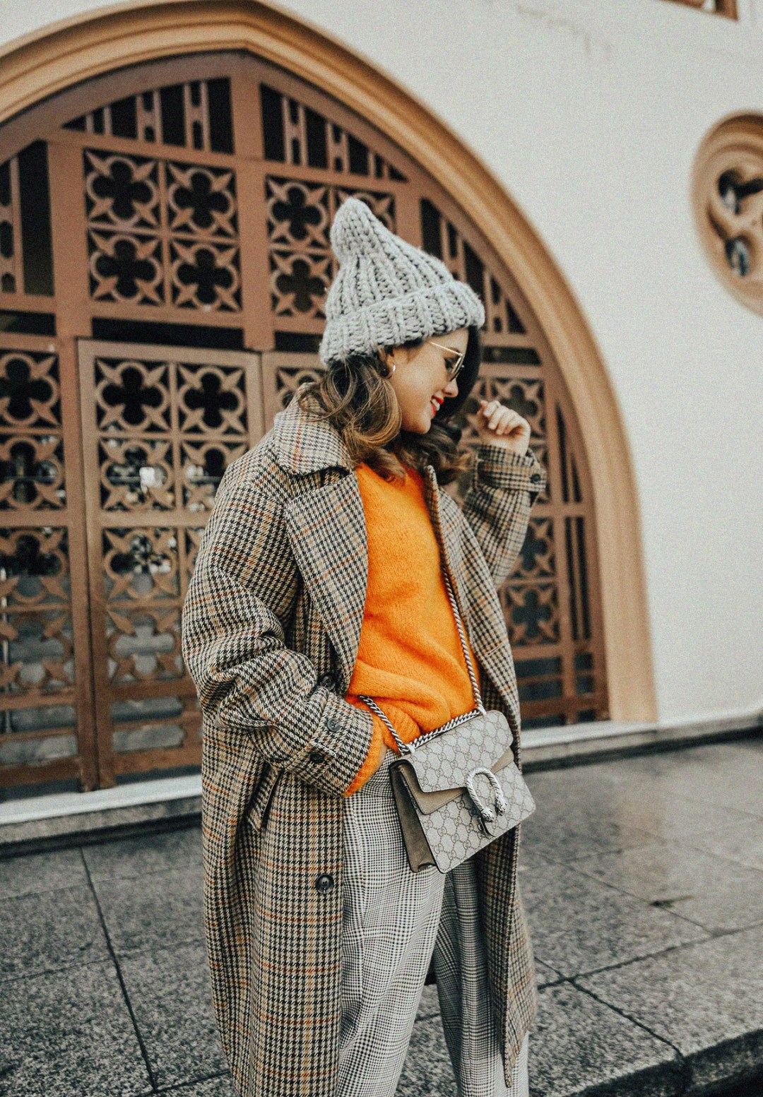tendencia-jersey-naranja-como-combinar-streetstyle-myblueberrynightsblog3