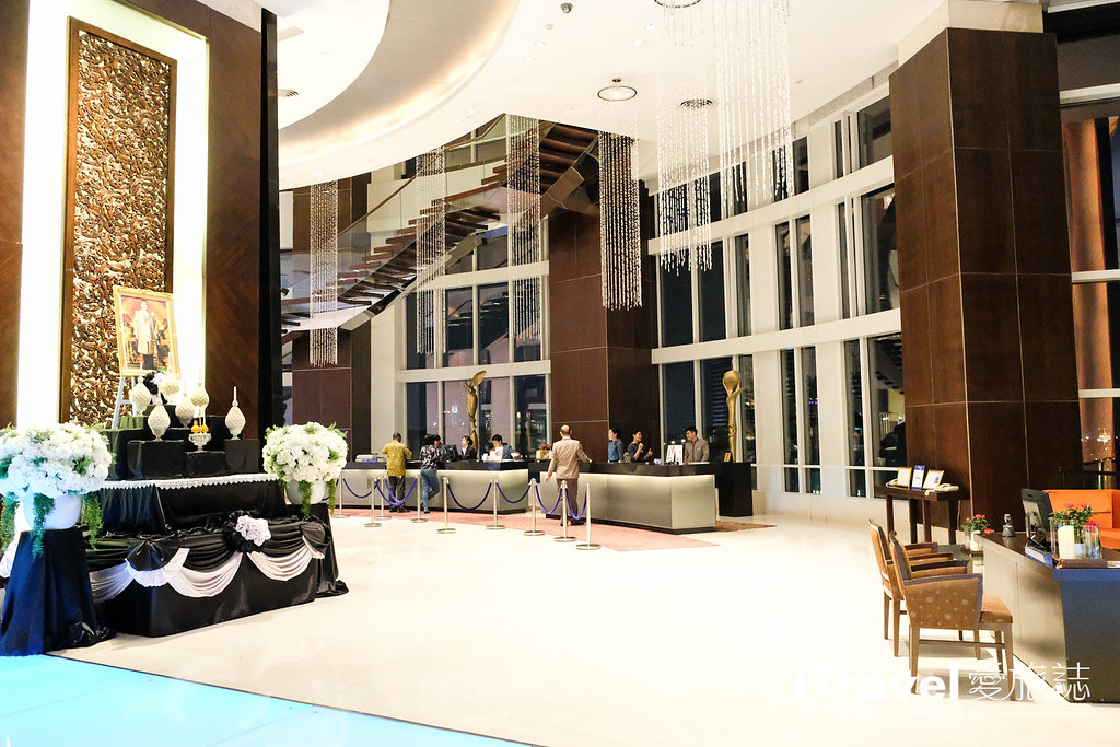 曼谷高空酒吧 Red Sky Bar (7)