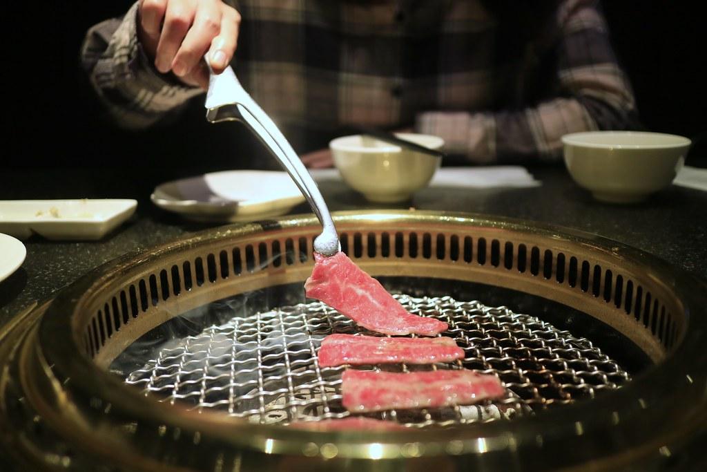adai's blog: [食記] 屋馬。日本和牛套餐(完全不推薦)