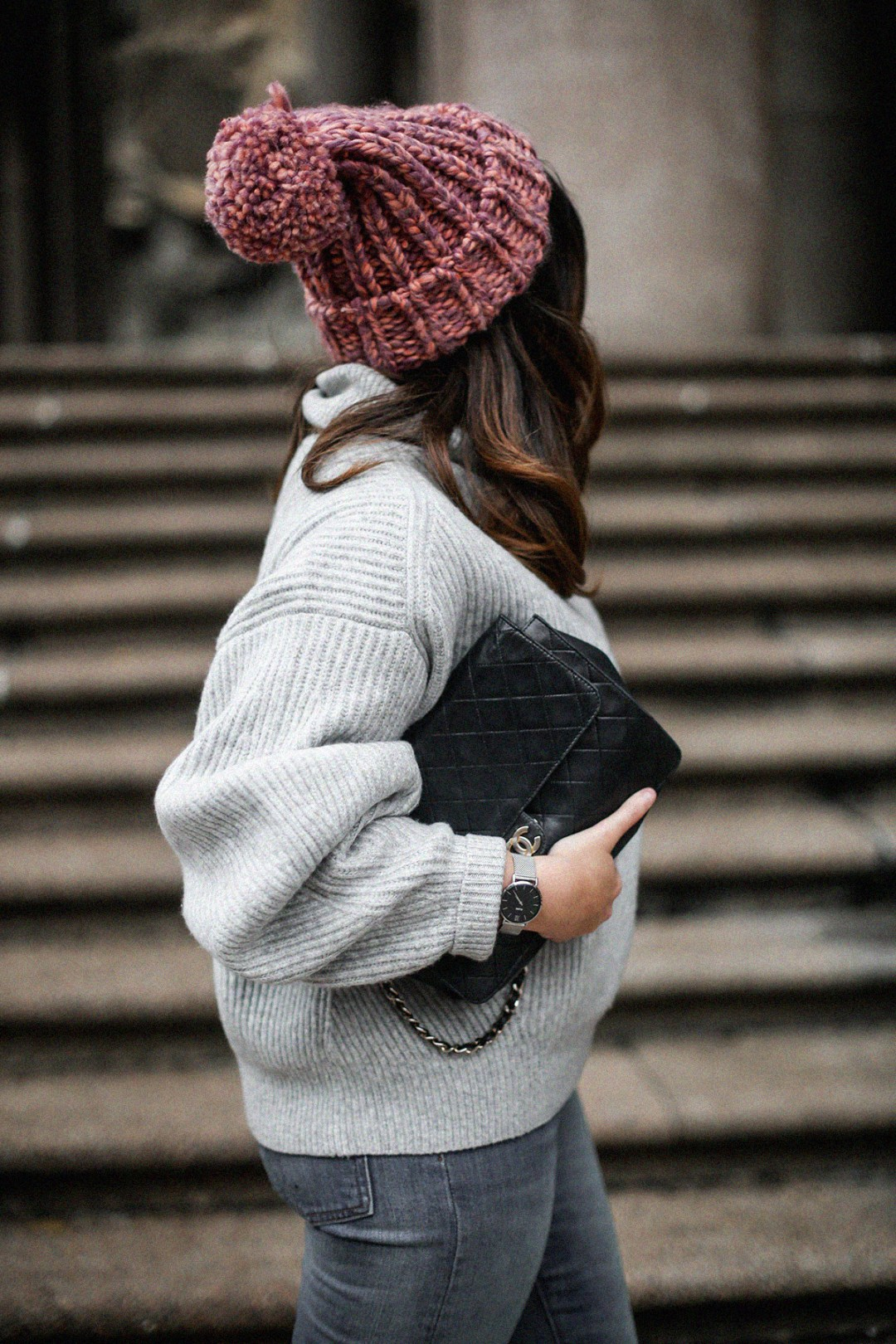 puffer-coat-grey-sweater-look-streetstyle6