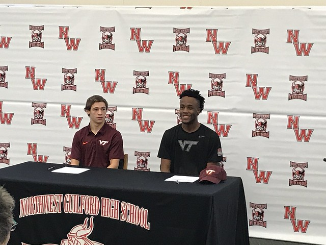2017-12-19 NWG Signing-1