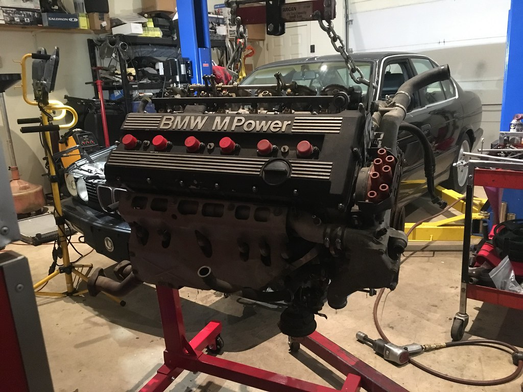 hight resolution of  it set up on it s temporary home on the engine stand in preparation to start tearing it down it s quite a lot bigger than the little m42 s and m20 s