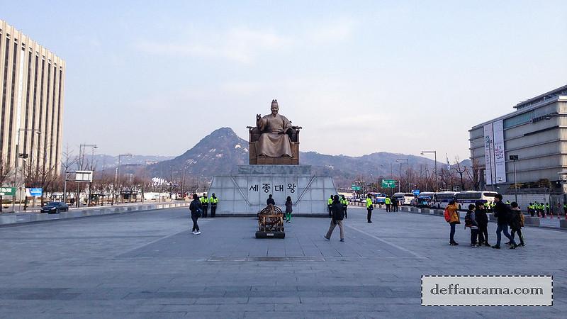 5 hari di Seoul - Patung King Sejong