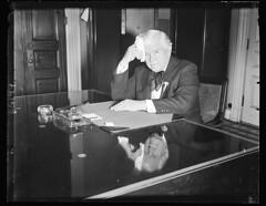 Speaker Rainey avoids lets clock run out: 1934