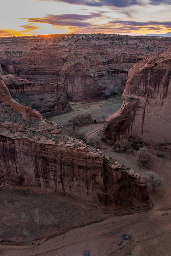 12.25. Canyon de Chelly. North