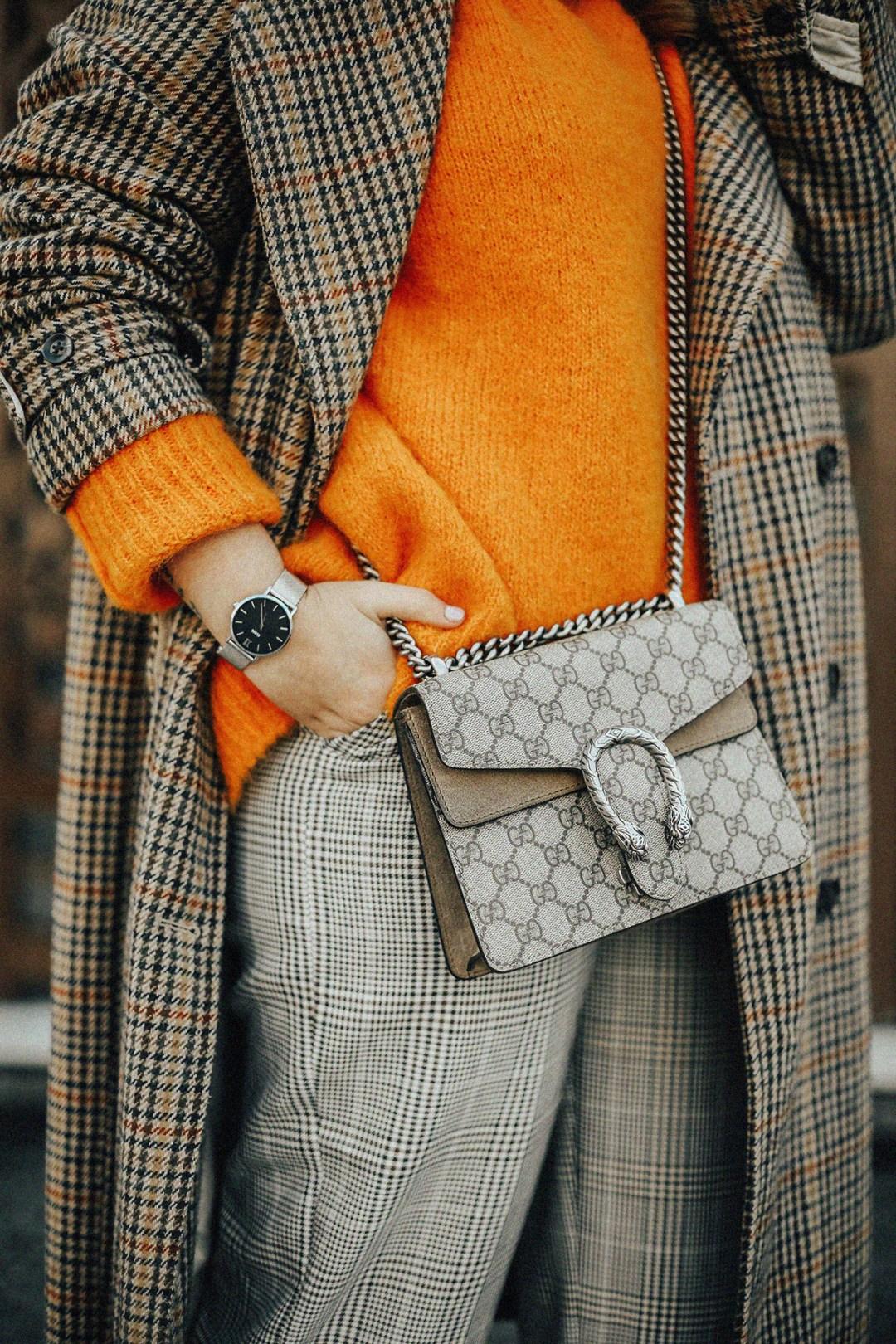 tendencia-jersey-naranja-como-combinar-streetstyle-myblueberrynightsblog13