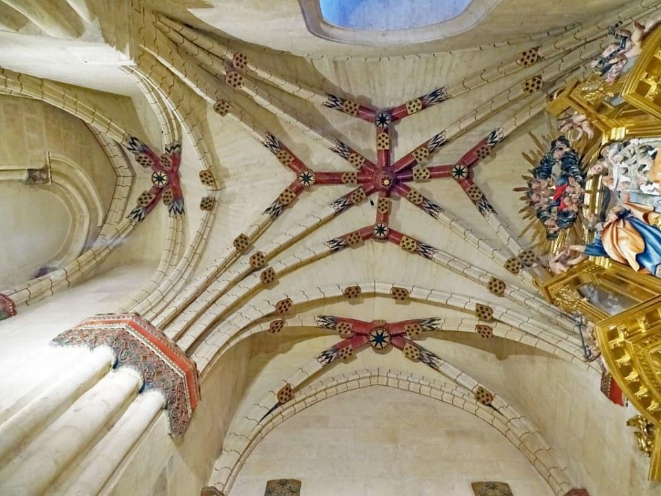Catedral de Burgos Capilla de San Juan de Sahagun bovedas de cruceria