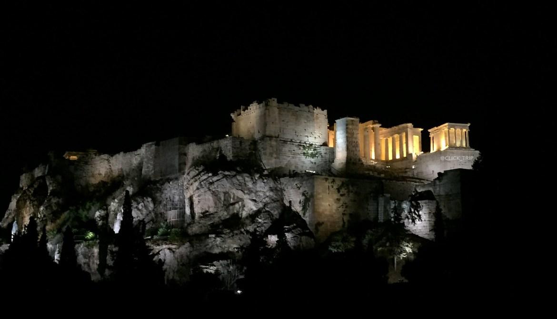 Vista de la Acrópolis de Atenas de noche · ¿Qué ver en Atenas? · Ruta por Grecia ·