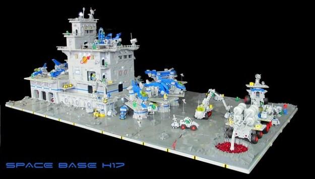 Space Base H17 (2)