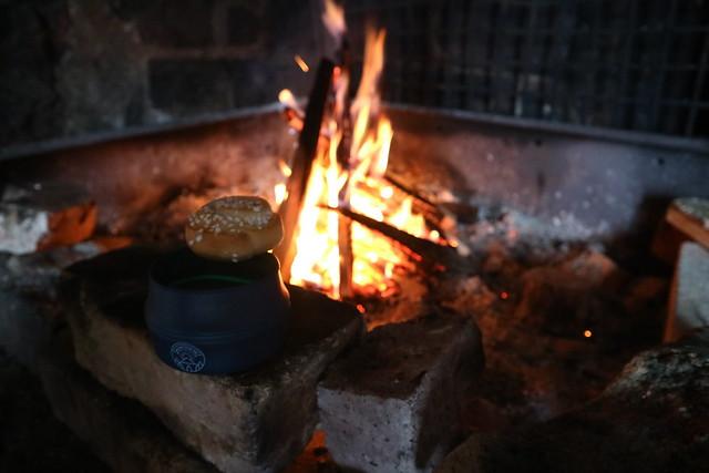 Fika bij het vuur