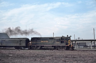 "5 Photos of the Nickel Plate ""City of Chicago"" in 1965"