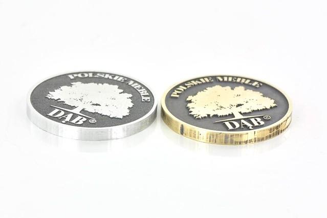 emblemat - metka do mebli z aluminium i mosiądzu