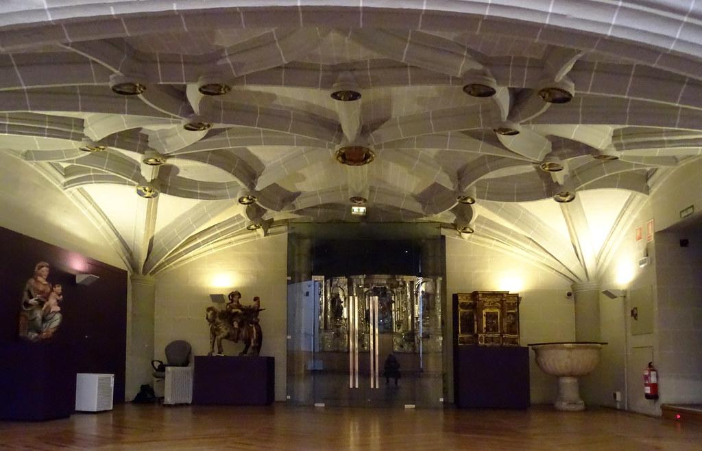 Nave capilla del antiguo hospital de Nuestra Señora de la Misericordia Museo de Navarra 03