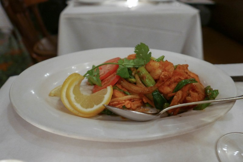 Tom Xao Sate, shrimp, asparagus, onions, scallions, sate spice sauce, chili, garlic ($26)