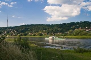 Elbe mit Blick auf Wachwitz