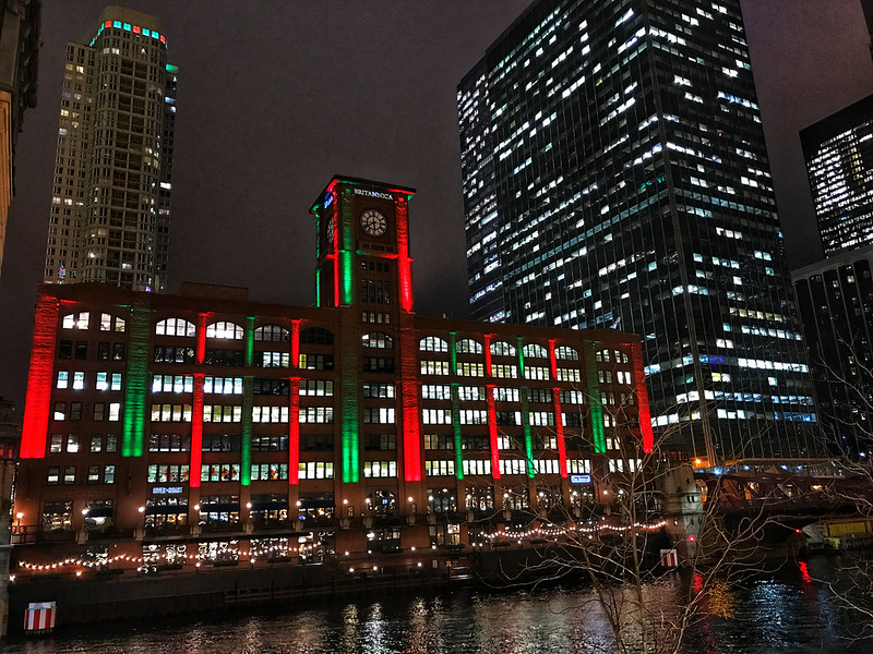 Christmas on the Chicago River