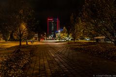 Rot und blau schmücken den Europaplatz
