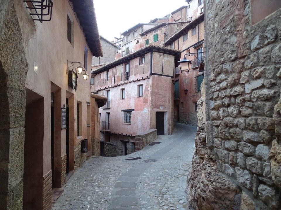calle Azagra Albarracin Teruel 05