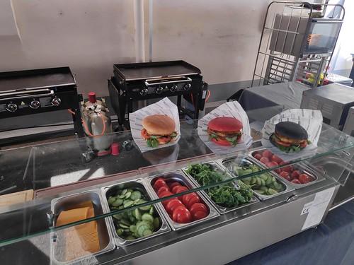 burger grill catering und mobile kaffeebar barista Gebäck Frühstück Mittagessen in bad Neuenahr ahrweiler bei coca cola